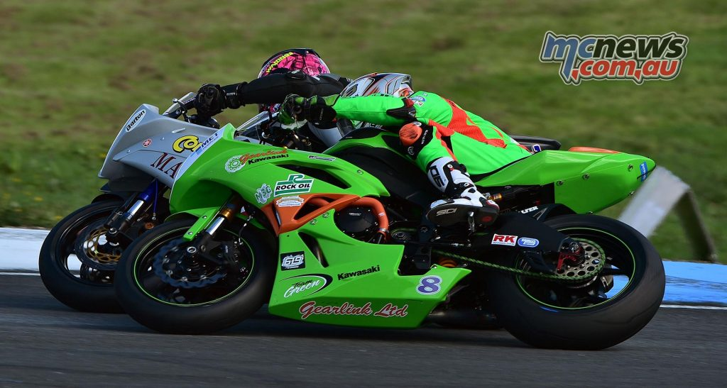 Keith Farmer and Andrew Irwin battled hard at Knockhill - Image by Jon Jessop