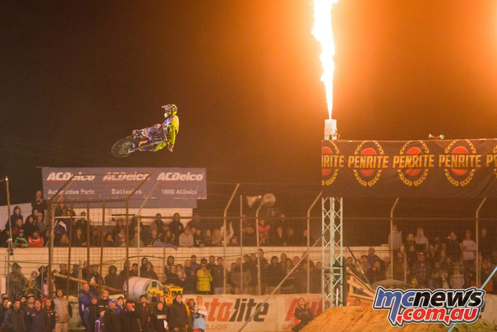 Dean Ferris to compete 2017 Australian Supercross Championship with CDR Yamaha