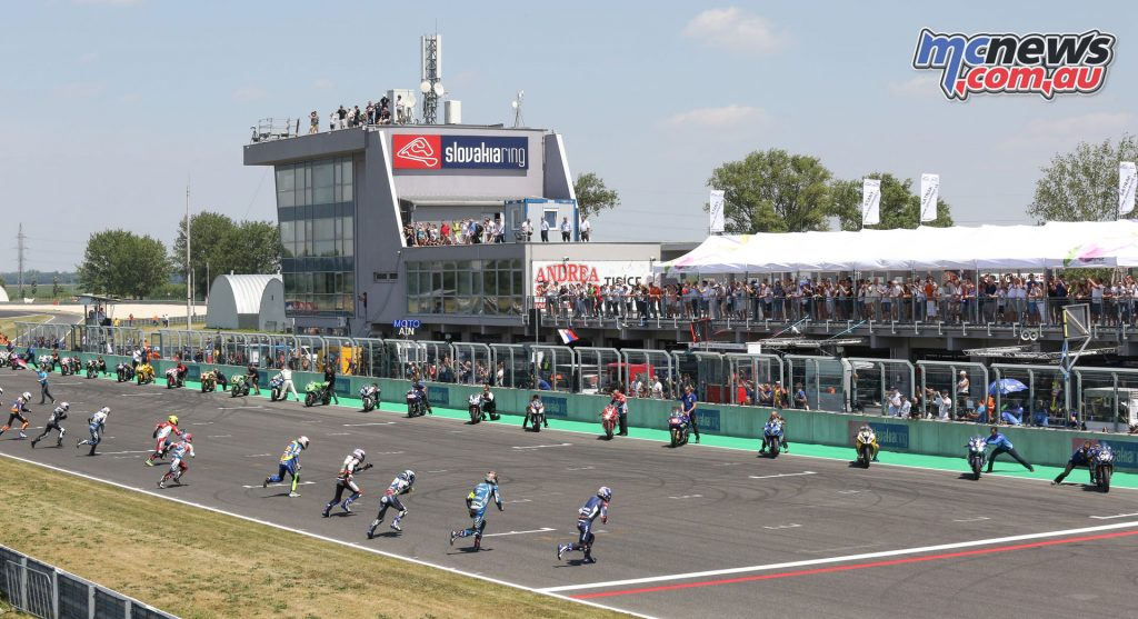Riders head for the bike to start the 8 Hours of Slovakia Ring