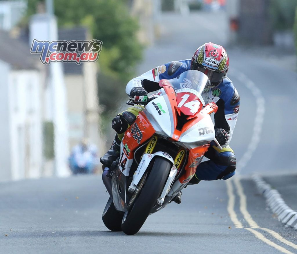 Dan Kneen topped the Superstock category overnight with a 125.19mph lap on his Penz 13 BMW