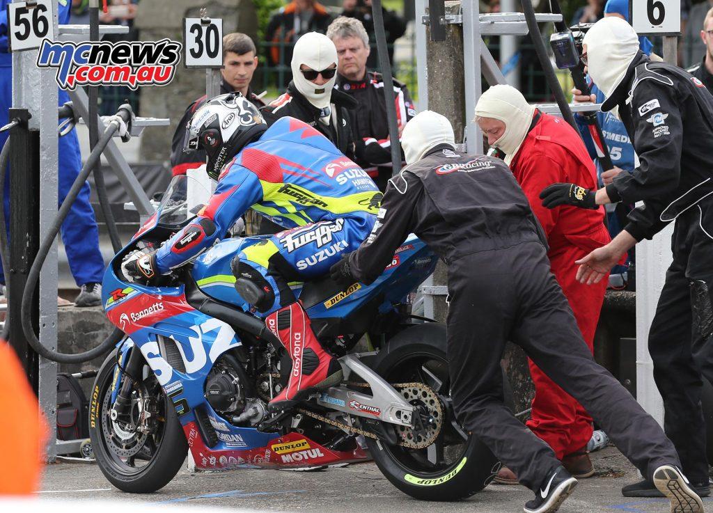 Michael Dunlop in the pits - Senior TT 2017
