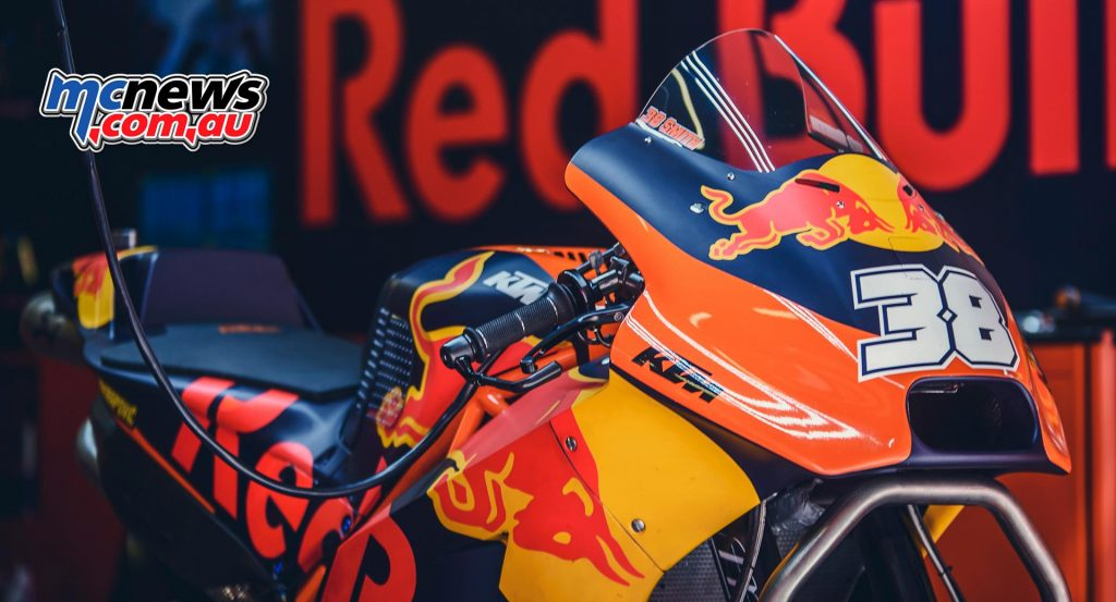 Bradley Smith had to watch from the sidelines after badly injuring his finger during the Catalunya race weekend