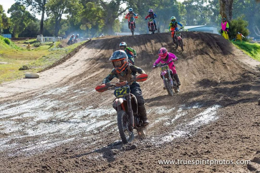 WAMX Juniors head to Collie