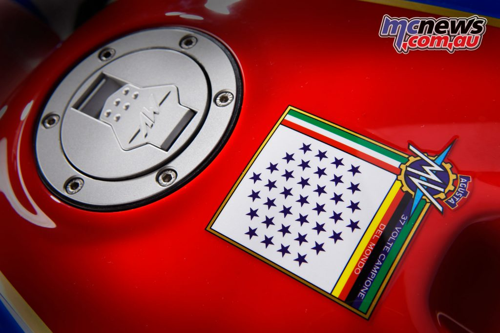 The America also features a star-studded motif, like the one onthe 1973 750 S