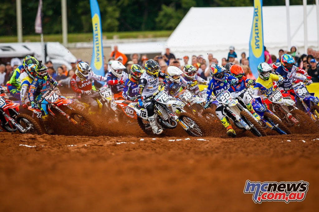 125cc Junior MX race start