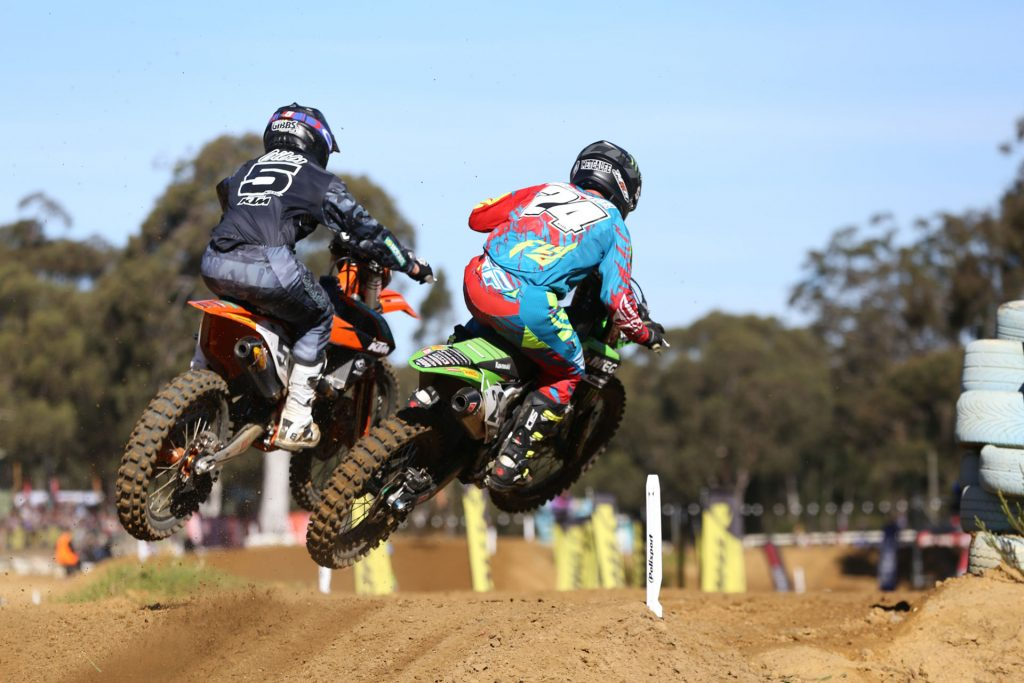 Gibbs and Metcalfe duking it out at Nowra