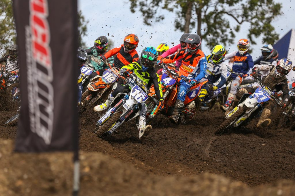 Kaleb Barham taking the holeshot