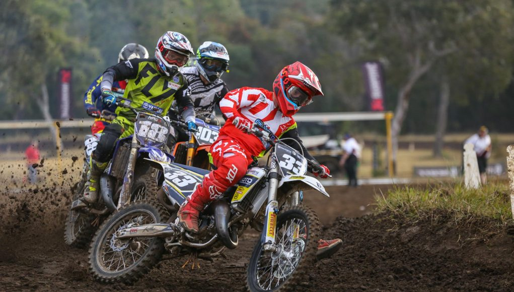 Mackie leads the 125cc Gold Cup start