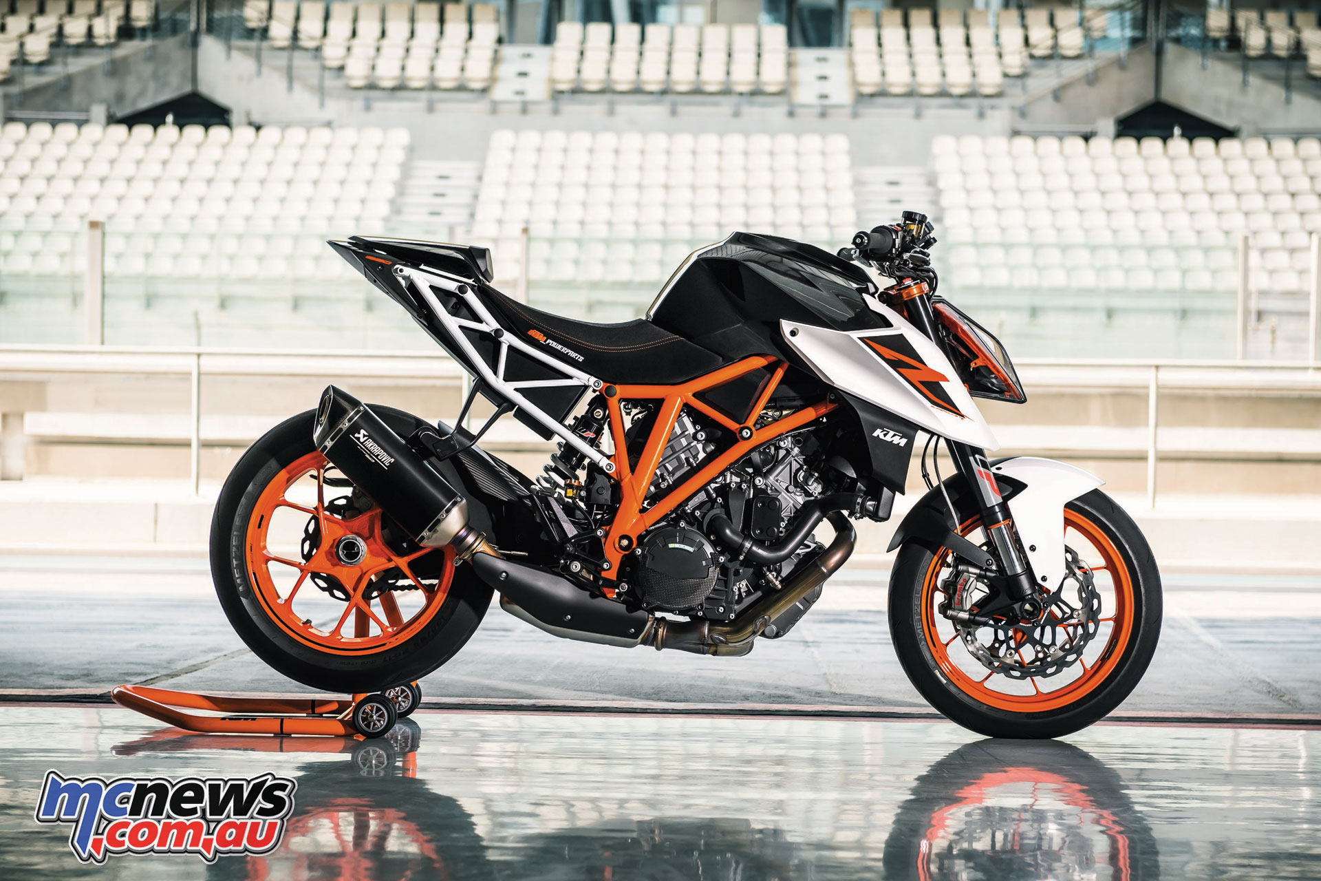 Ktm 1290 Super Duke R >> 2017 Ktm 1290 Superduke R Beast 2 0 Mcnews Com Au