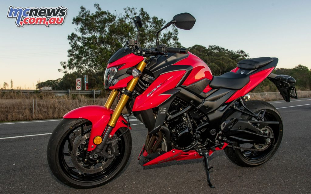 Switchable traction control and standard Battlax Hypersport S21 hoops are notable for the price point