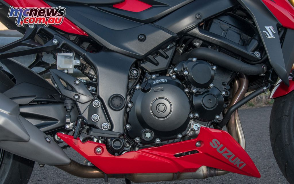 The GSX-S750 uses a revised K5 GSX-R750 donk with traction control and 84kW on offer