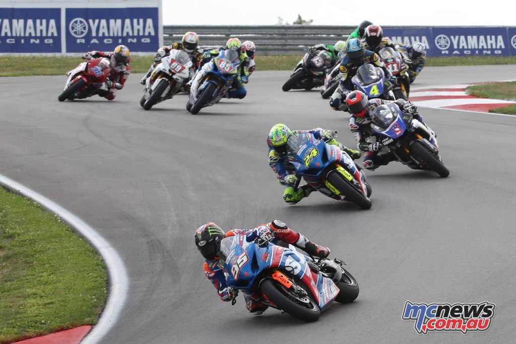 Roger Hayden leads the Superbike field