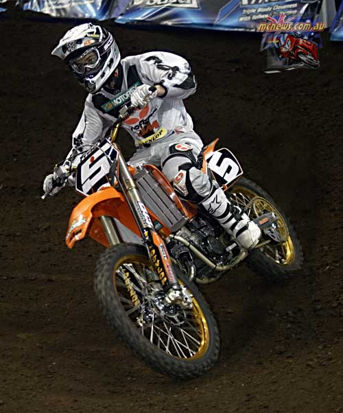2004 Australian Supercross Nationals Championship - Sydney Superdome - Round One - Ryan Marmont