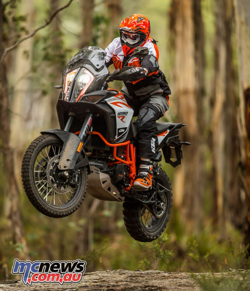 The 1290s also feature a a new type of steering head bearing KTM has developed