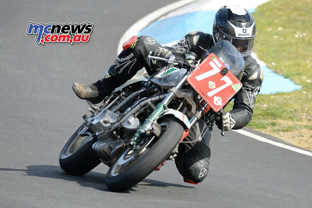Mark Hemsley on his Two Heads Racing Ducati 860