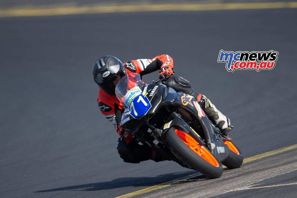Tom Edwards topped Supersport 300 and R3 Cup practice - Image by TBG