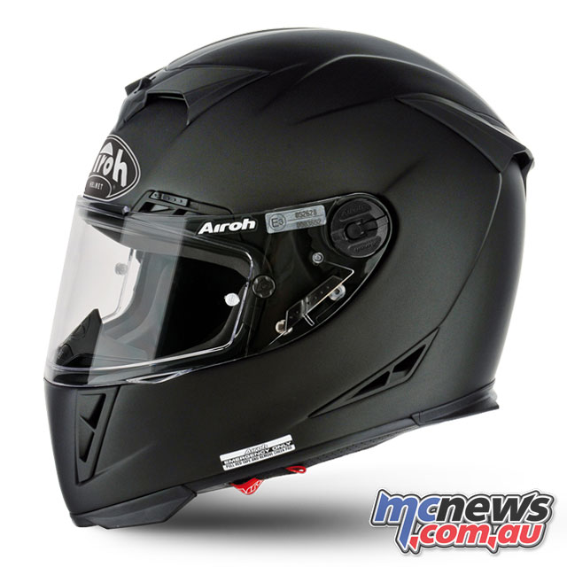 Airoh GP500 in Matt Black - Airoh originally produced helmets for other manufacturers under the name Locitelli S.p.A