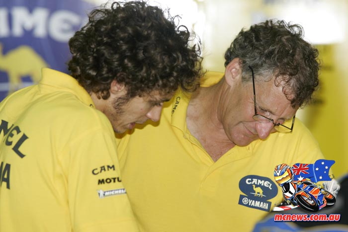 Valentino Rossi and Jeremy Burgess - 2006 - Image by AJRN