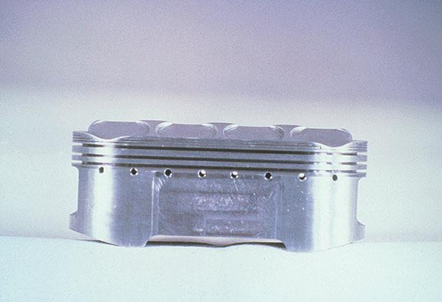 NR500 Oval Piston