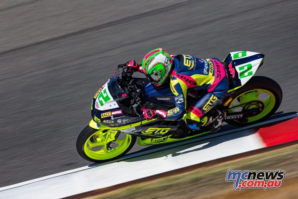 Anna Carrasco in the lead