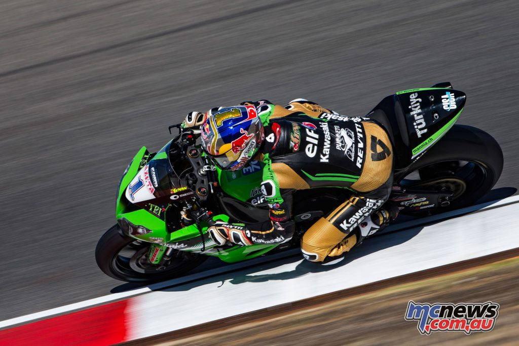 Kenan Sofuoglu took pole in the Supersport class from Mahias