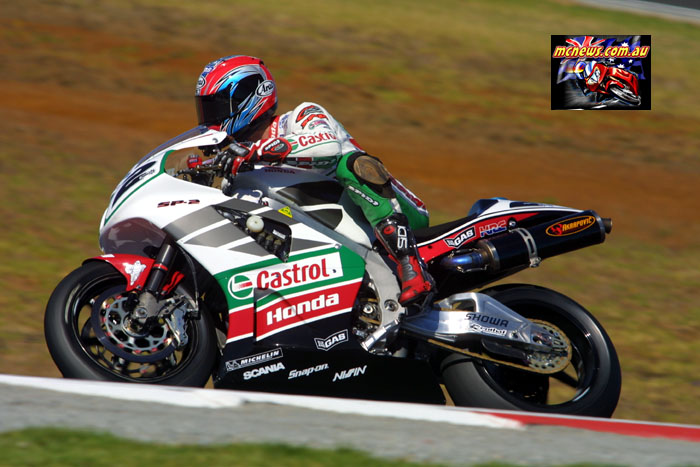 Colin Edwards at Phillip Island in 2002
