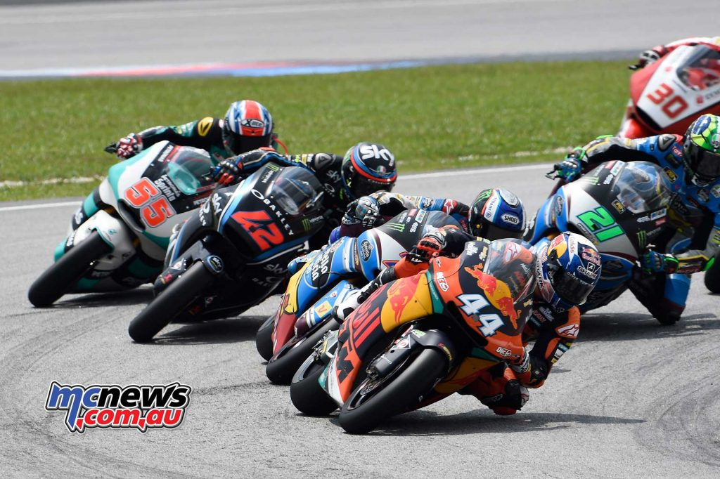 Miguel Oliveira leads the Moto2 pack at Sepang