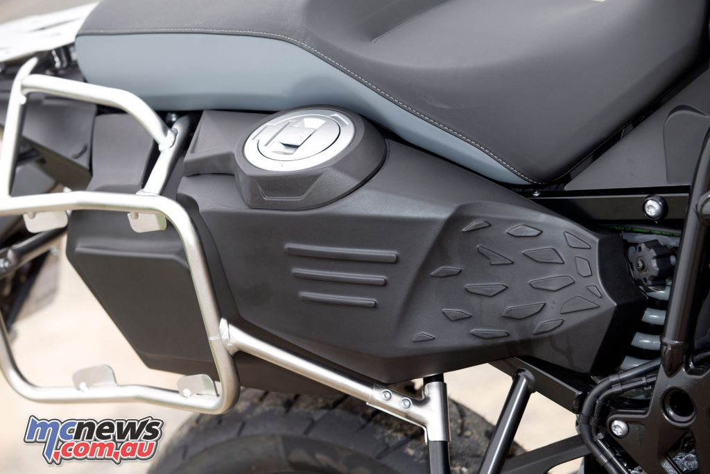 The lower mounted fuel tank behind the seat ensures a lower CoG and the 24L capacity is good for 400km+