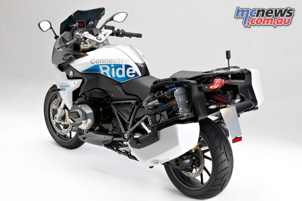 BMW's R 1200 RS with ConnectedRide