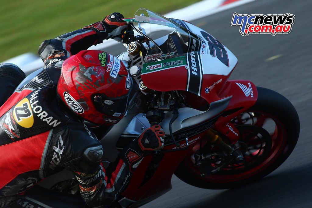 British Superbike 2017 Championship Finale - Brands Hatch - Race One - Jason O'Halloran