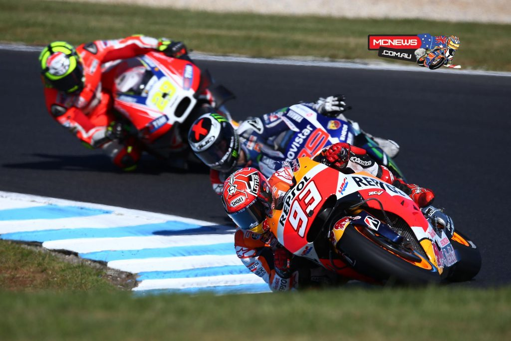 Marc Marquez on his way to victory at Phillip Island in 2015 - Image by AJRN