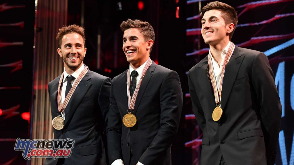 Andrea Dovizioso, Marc Márquez and Maverick Viñales with their medals