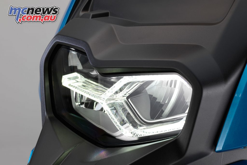 Full LED lighting can be complemented by a DRL accessory