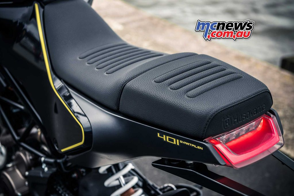The Svartpilen 401 two-piece seat offers the ability to remove the pillion seat
