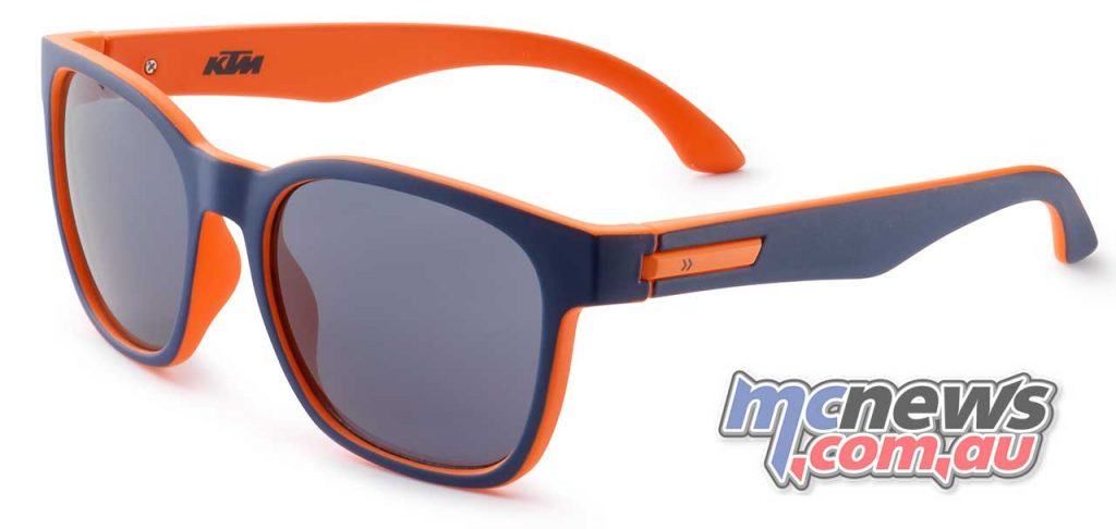 3PW1872000 KIDS REPLICA SHADES RRP $47.49
