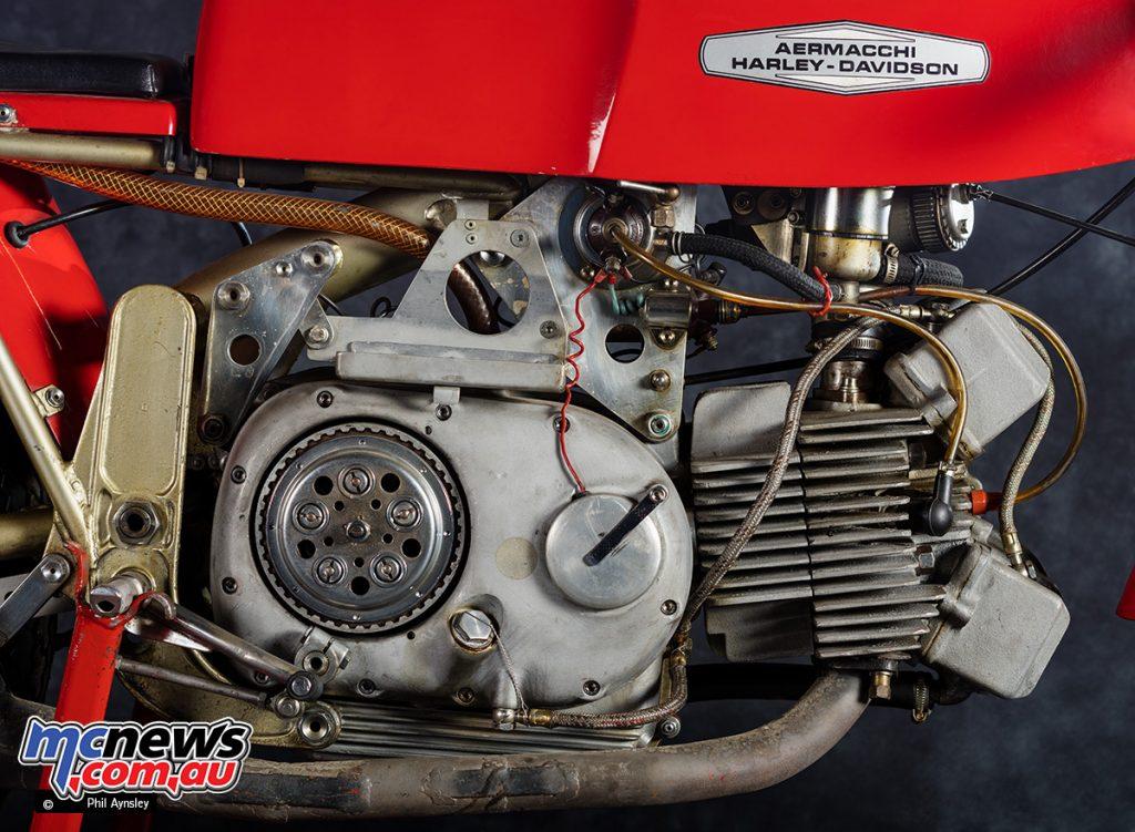 Aermacchi 350 Factory DOHC pushrod single