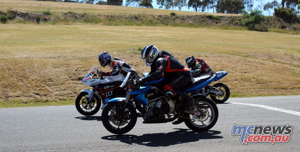 Twinsprints Starting Grid - VRRC 2017 - Round 4 - Broadford