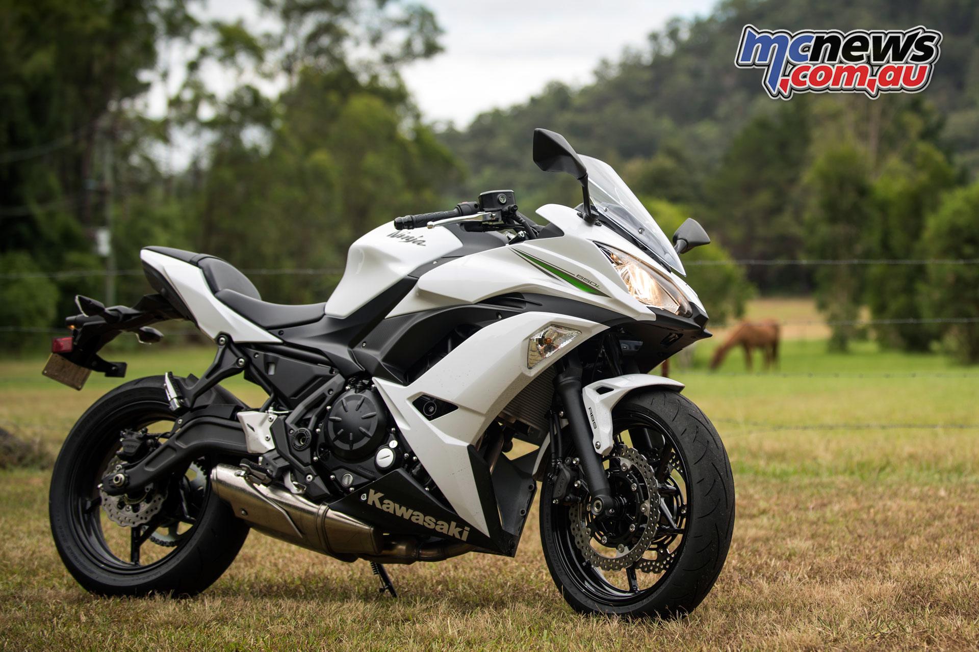 Kawasaki's 2017 Z650 & Ninja 650 LAMS Review   MCNews com au
