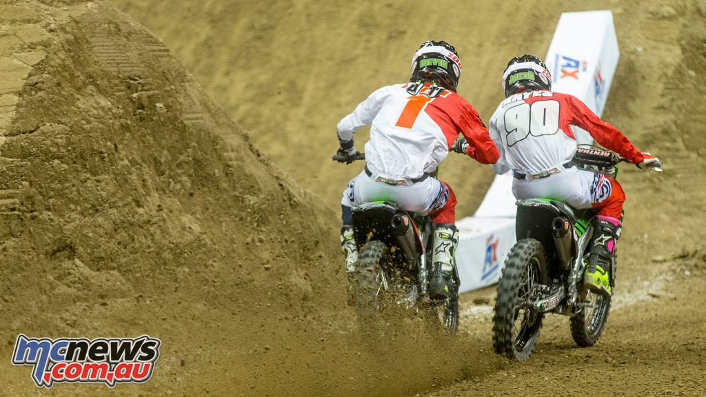 Gavin Faith battles it out at the AMA Arenacross Round 1 in Dayton
