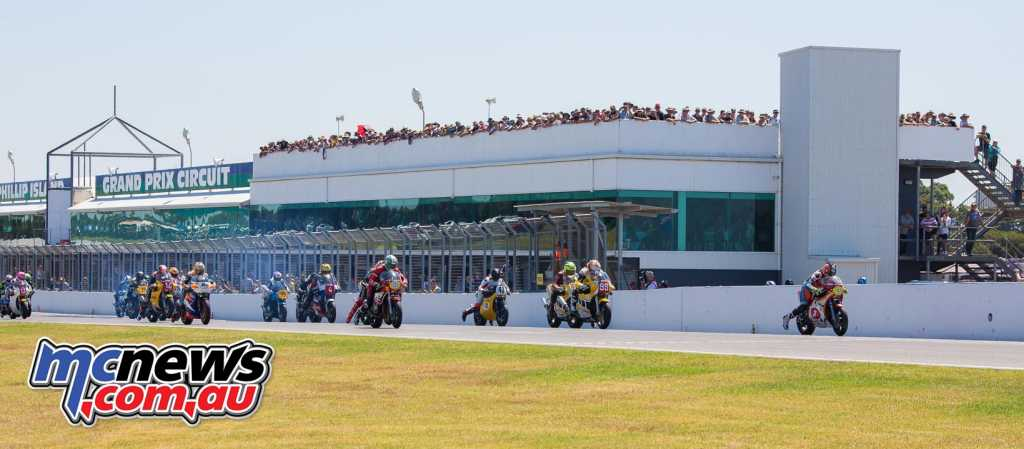 Riders blast off the line for the start of the 2018 Island Classic International Challenge Race Three, not amongst them Troy Corser, who was forced to start from pitlane. Image by Cameron White