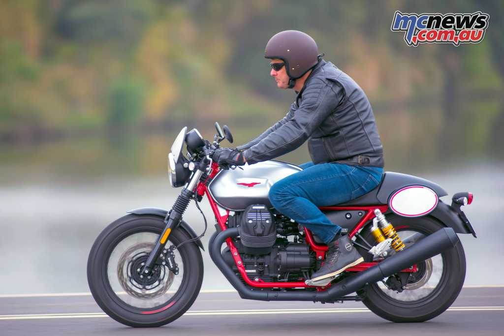 The Moto Guzzi V7 Racer now has the go to match the show with the V7 III Racer