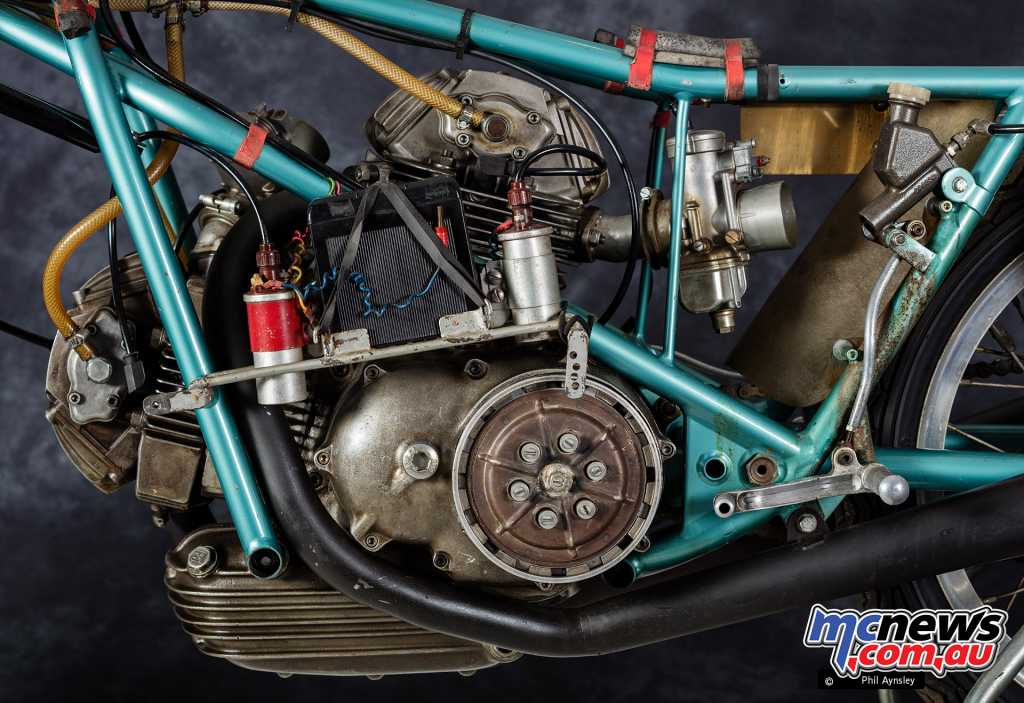 The 500GP was built as a proof of concept for the brand's 750cc roadbike and included Desmodromic valves