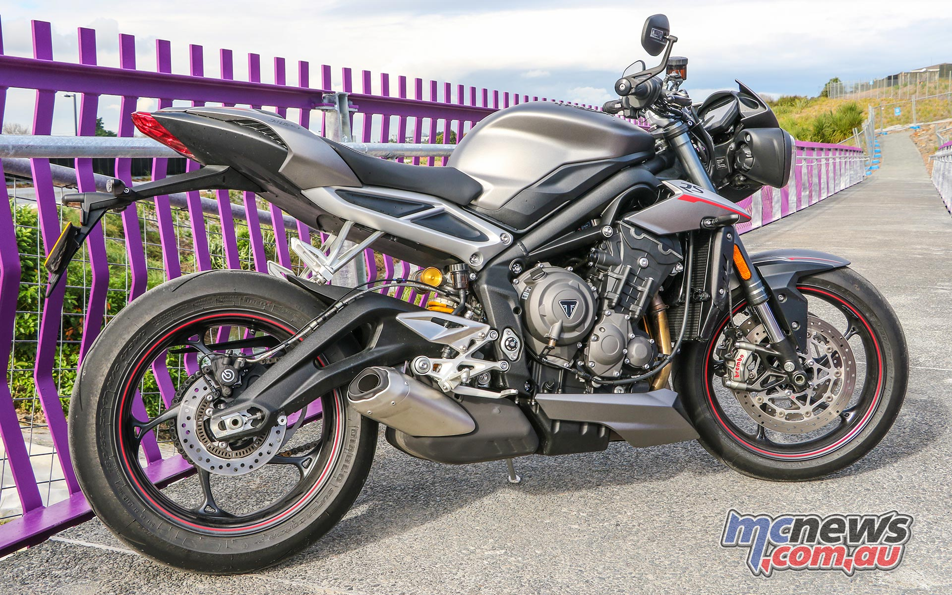 Amazing Triumph Street Triple 765 Rs Review 121Hp Ohlins Ibusinesslaw Wood Chair Design Ideas Ibusinesslaworg
