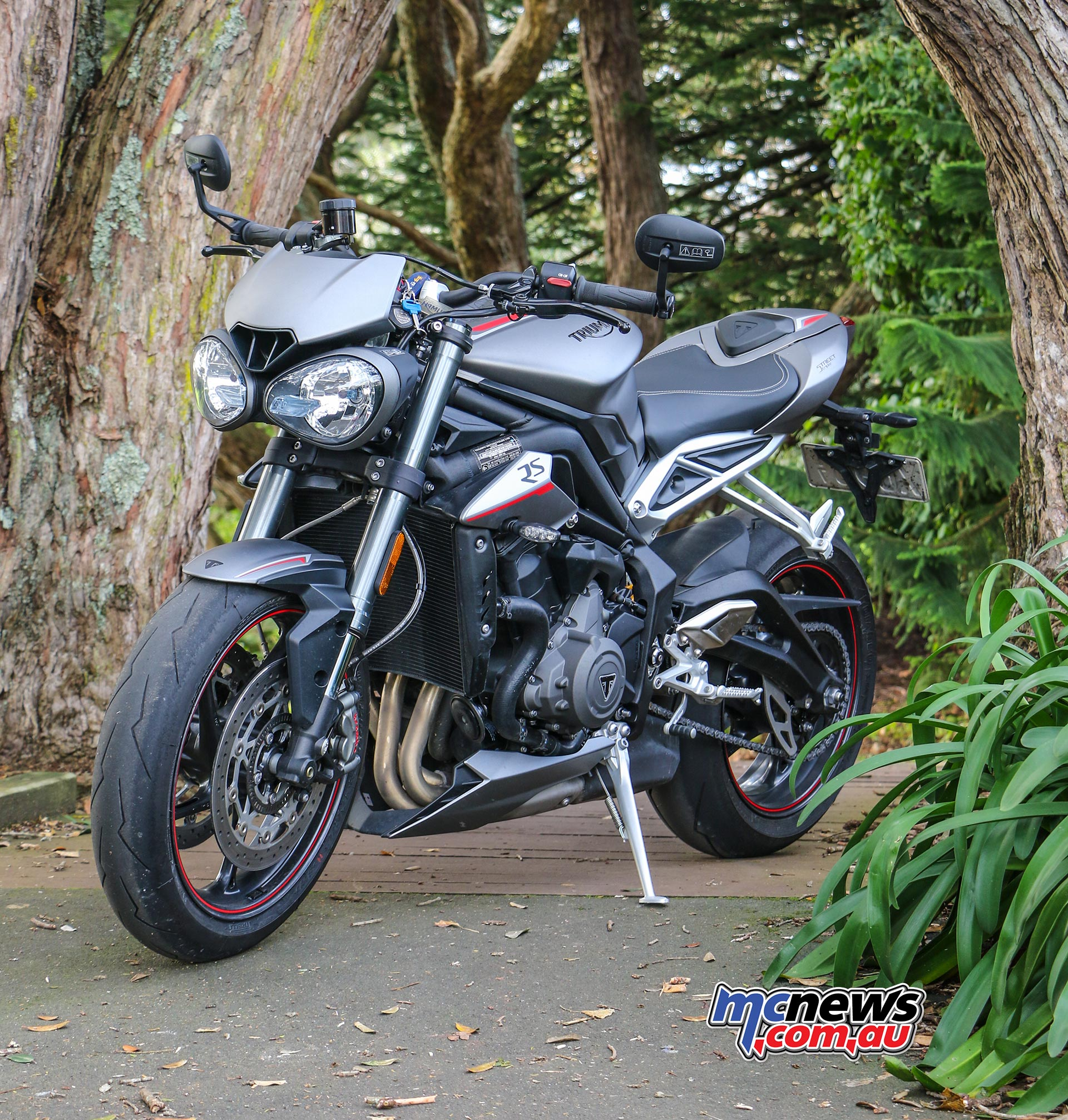 Admirable Triumph Street Triple 765 Rs Review 121Hp Ohlins Ibusinesslaw Wood Chair Design Ideas Ibusinesslaworg