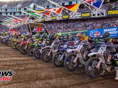 250 AMA SX Start at Oakland - Image by Hoppenworld