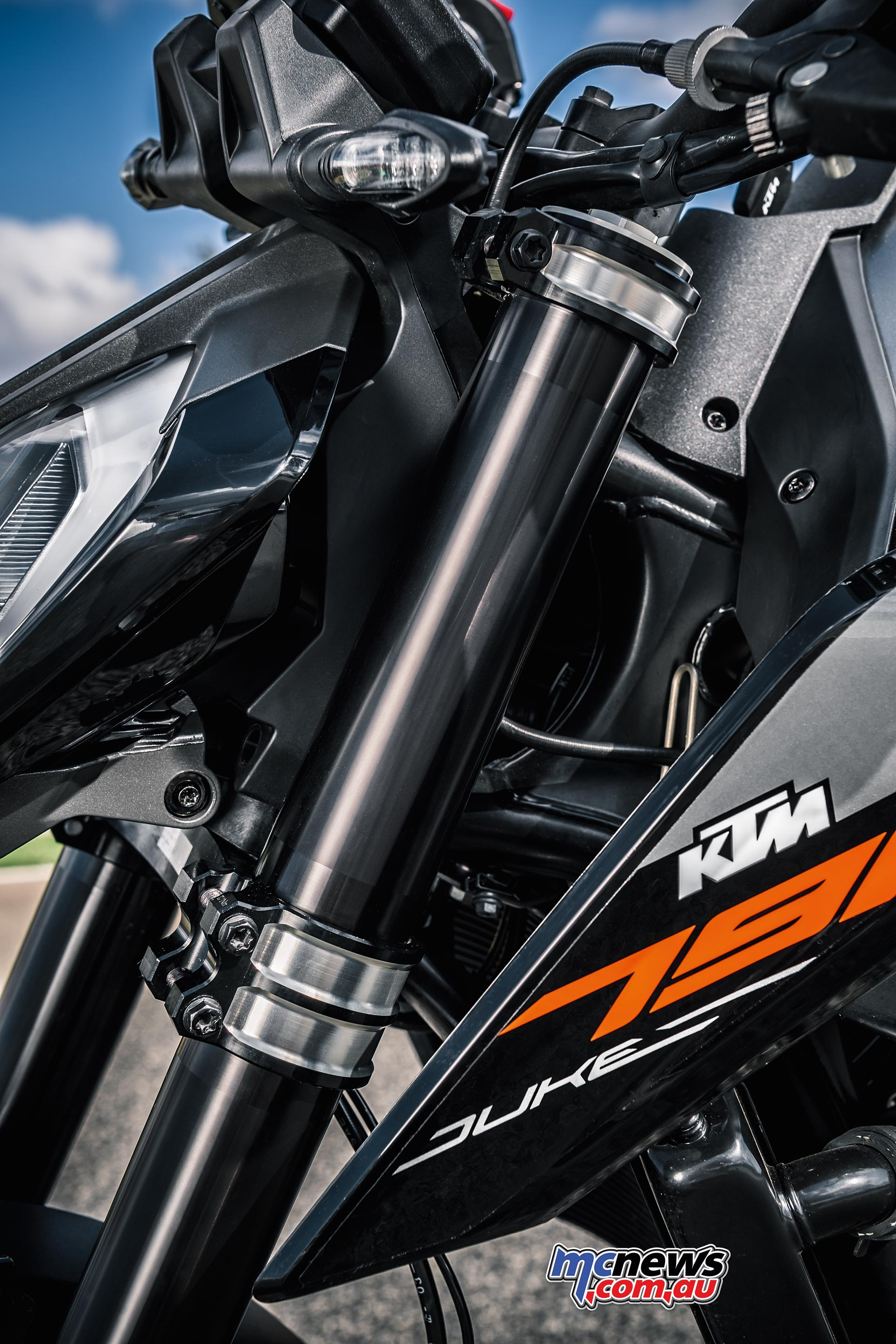 KTM 790 Duke Motorcycle Review | Motorcycle Tests | MCNews