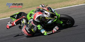 Was not all smooth sailing for Jonathan Rea at Phillip Island - Image by GeeBee
