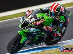 Jonathan Rea quickest on Tuesday morning in a Kawasaki 1-2