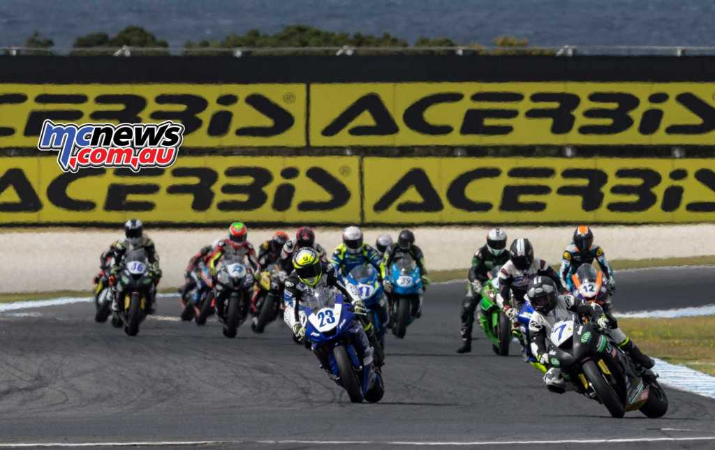 Toparis leads the Supersport field from Halliday - Image by TBG Sport