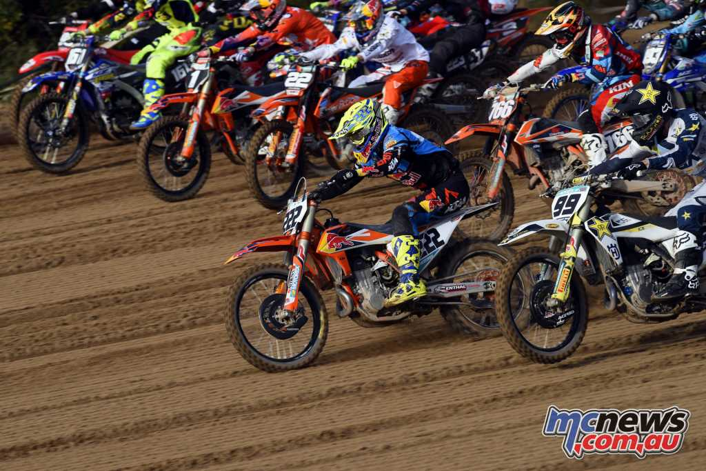 Jeffrey Herlings pulls an early lead - Image by S. Taglioni